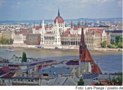 Bratislava, Men at work